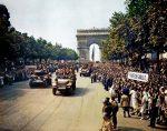 Фото освобождения Парижа 25 августа 1944 года