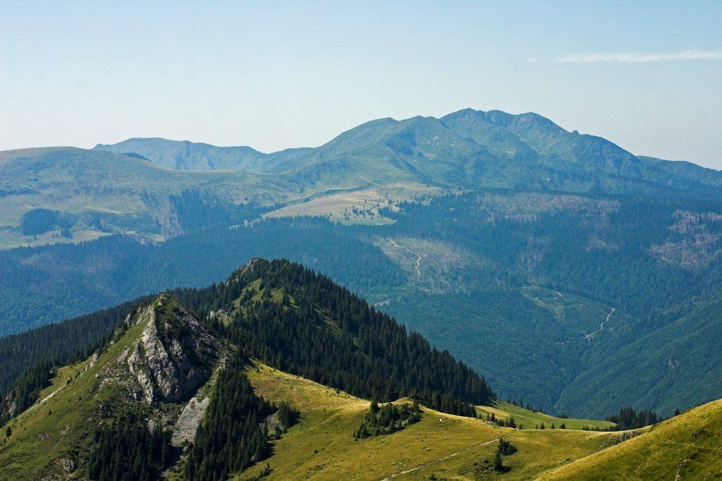 Гора Поп Иван Мармарошский в Карпатах