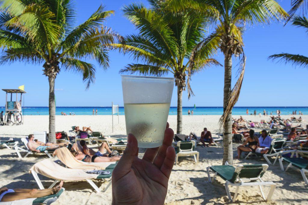 Отдых на пляже фото