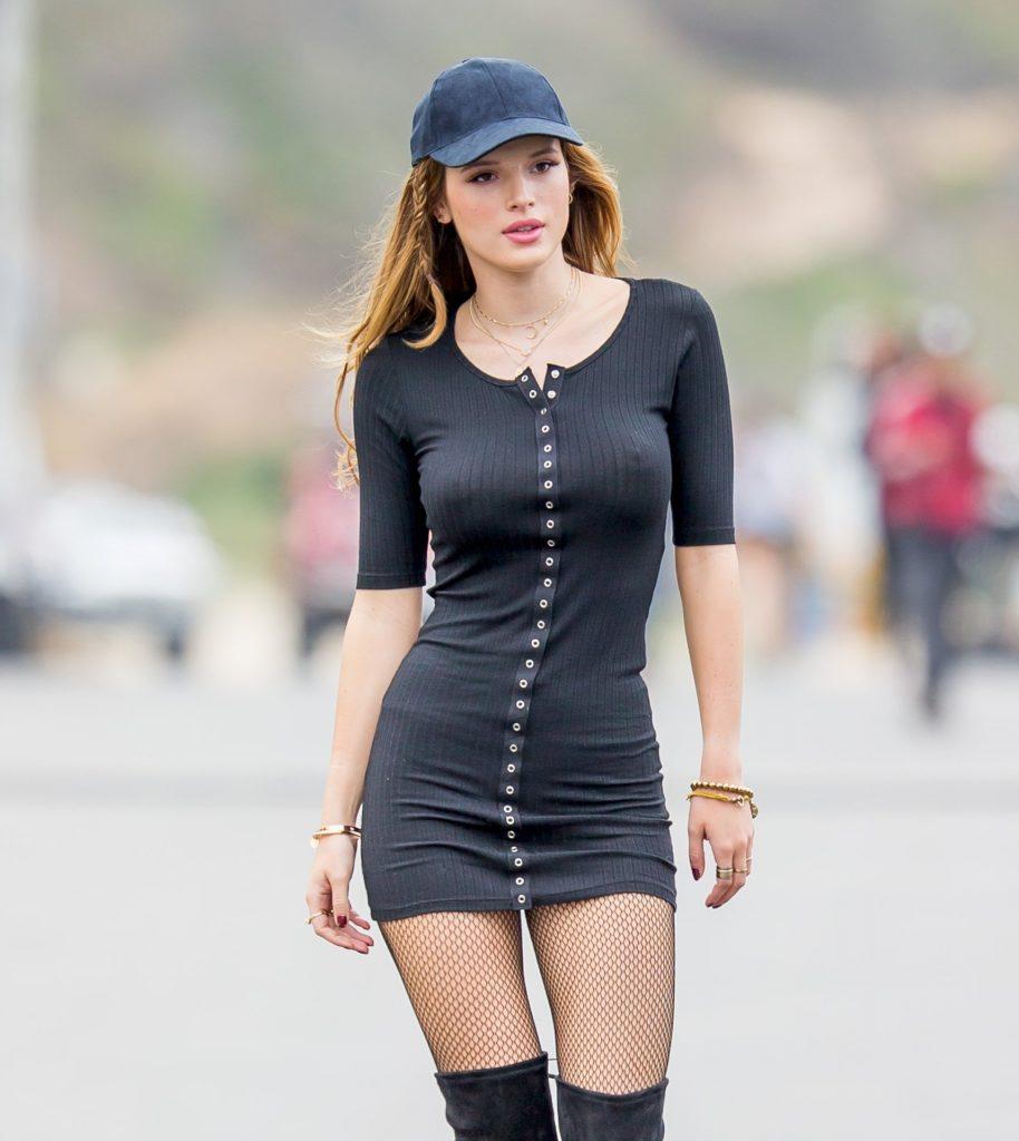 Американская актриса и певица Белла Торн