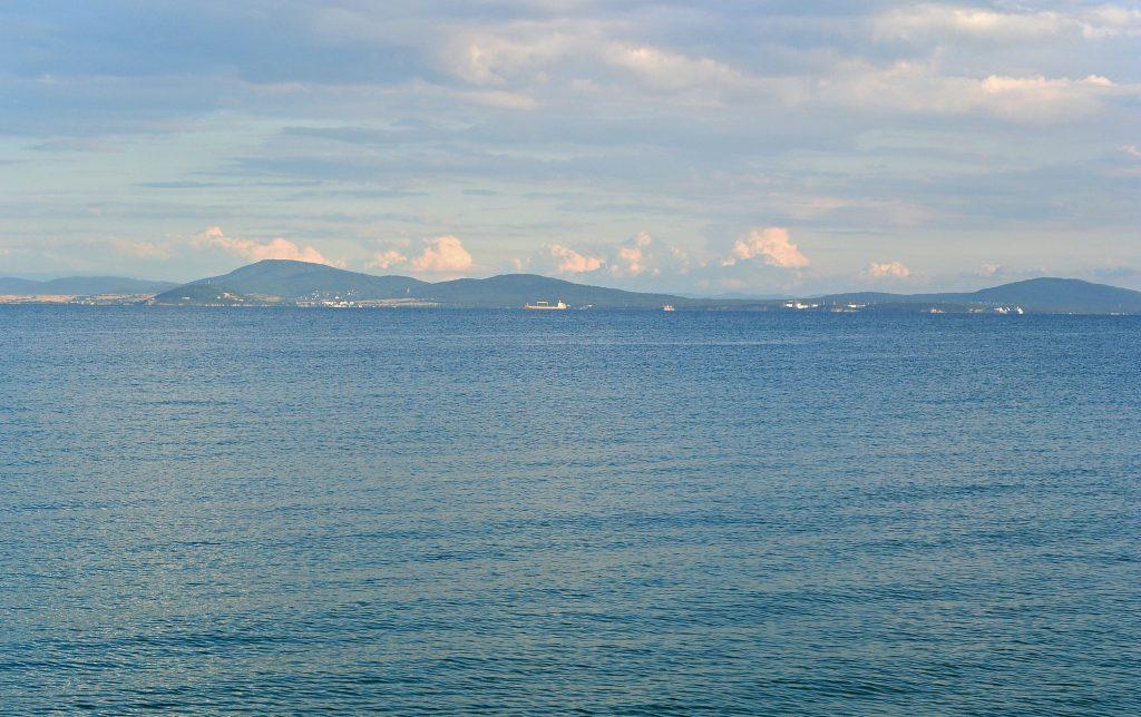 Черное море, Бургасский залив, город Бургас