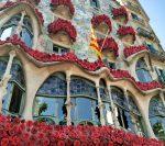 Украшенный цветами дом Каса-Батльо, Барселона