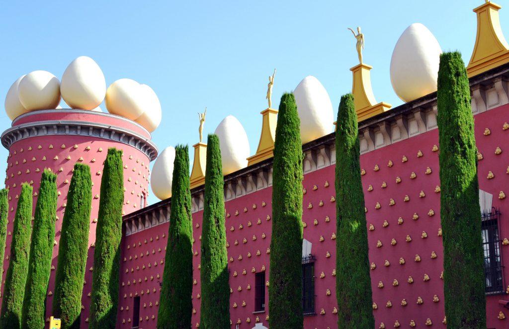Театр музей Сальвадора Дали, город Фигерас, Испания