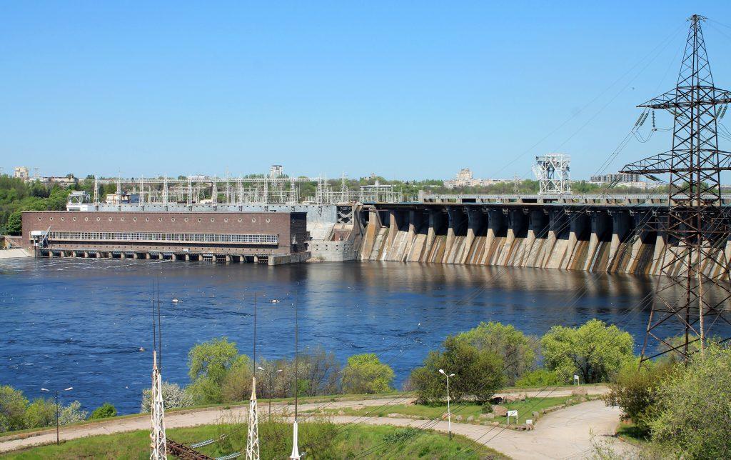 Фото плотины ДнепроГЭС в Запорожье
