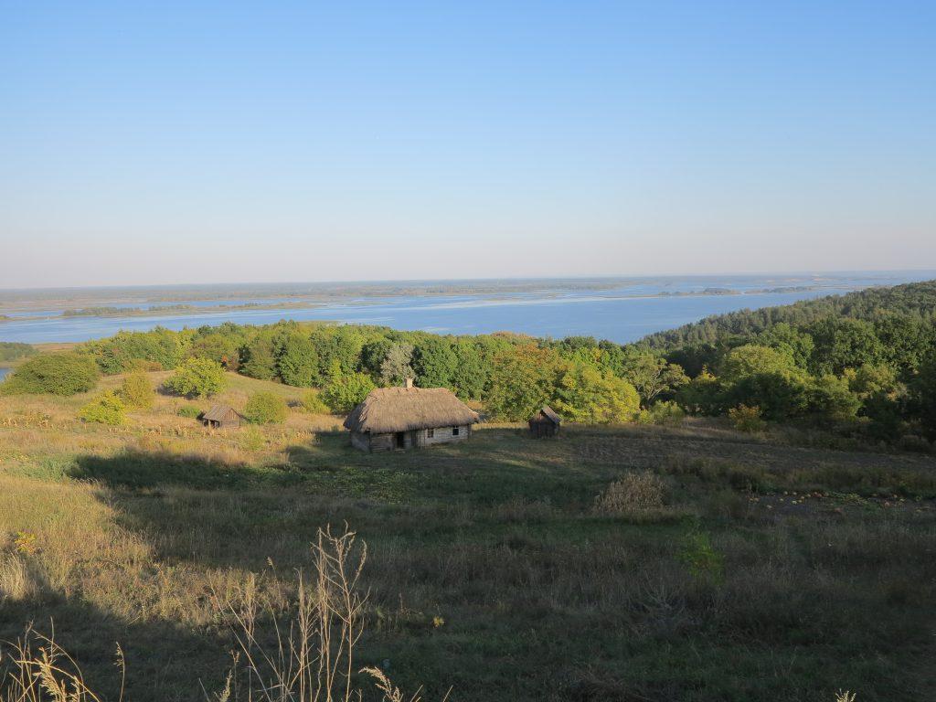 Каневское водохранилище на Днепре фото