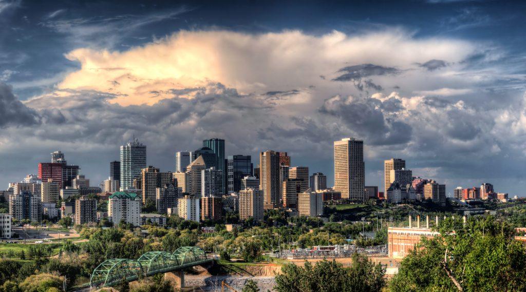 Канадский город Эдмонтон, провинция Альберта