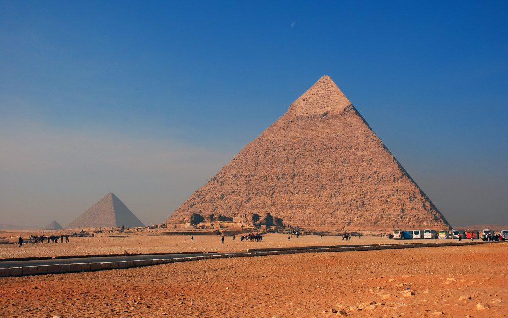Гиза Великие пирамиды Хеопса, Хефрена, Микерина