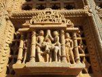 Индуистский храм в Индии - Камасутра