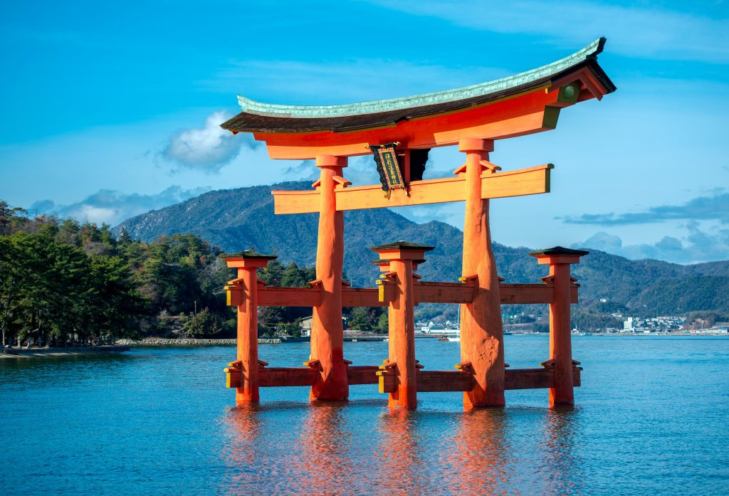 Храм на воде в море, Святилище Ицукусима