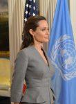 Анджелина Джоли - американская кинозвезда, посол доброй воли ООН