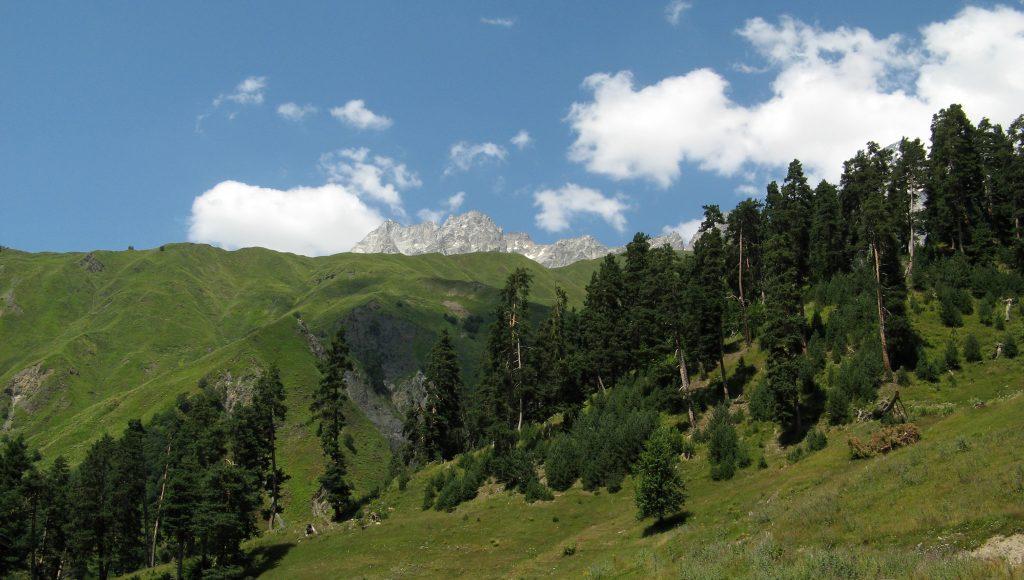 Горы Кавказ летом, трекинг и походы, Грузия