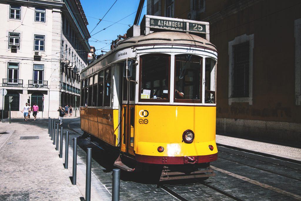 Трамваи Лиссабона фото