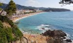 Льорет-де-Мар, пляж на курорте Коста-Брава, Каталония, Испания