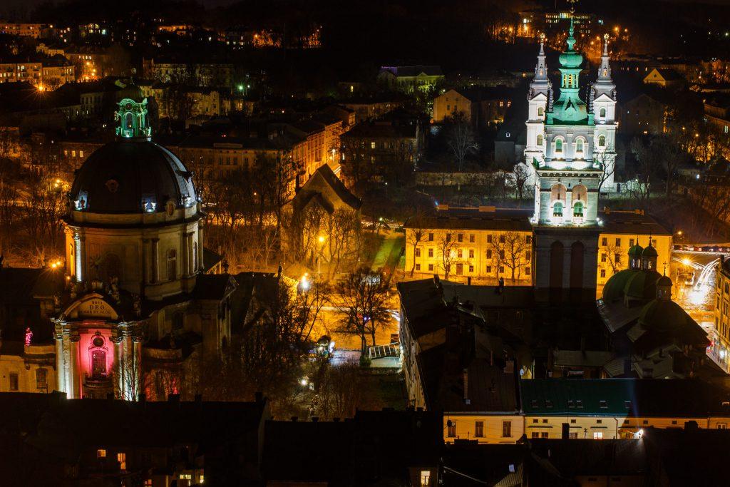 Ночное фото Львова