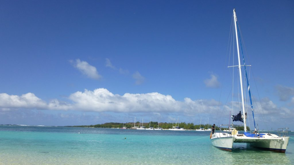 Катамаран на острове Маврикий