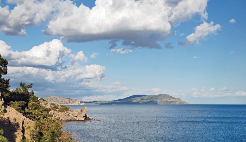 Полуостров Меганом в Крыму фото