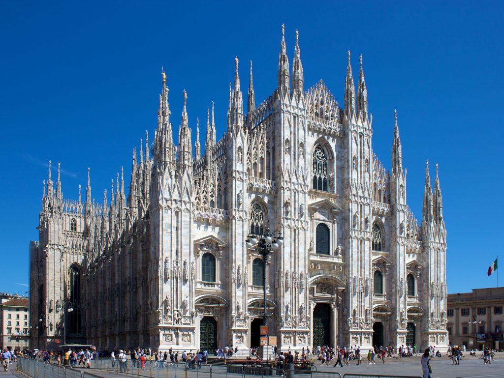 Фото кафедрального собора Дуомо в Милане
