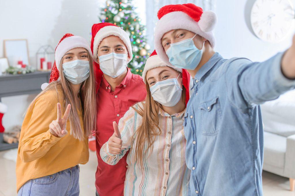 Новый год во время коронавируса фото