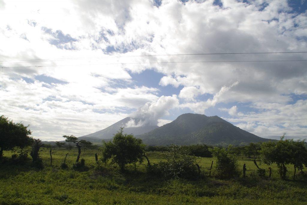 Природа и горы в Никарагуа