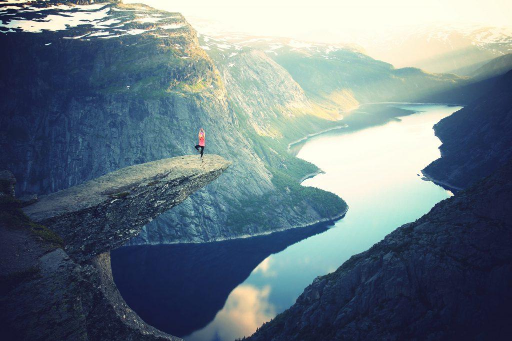 Красивый горный пейзаж в Норвегии