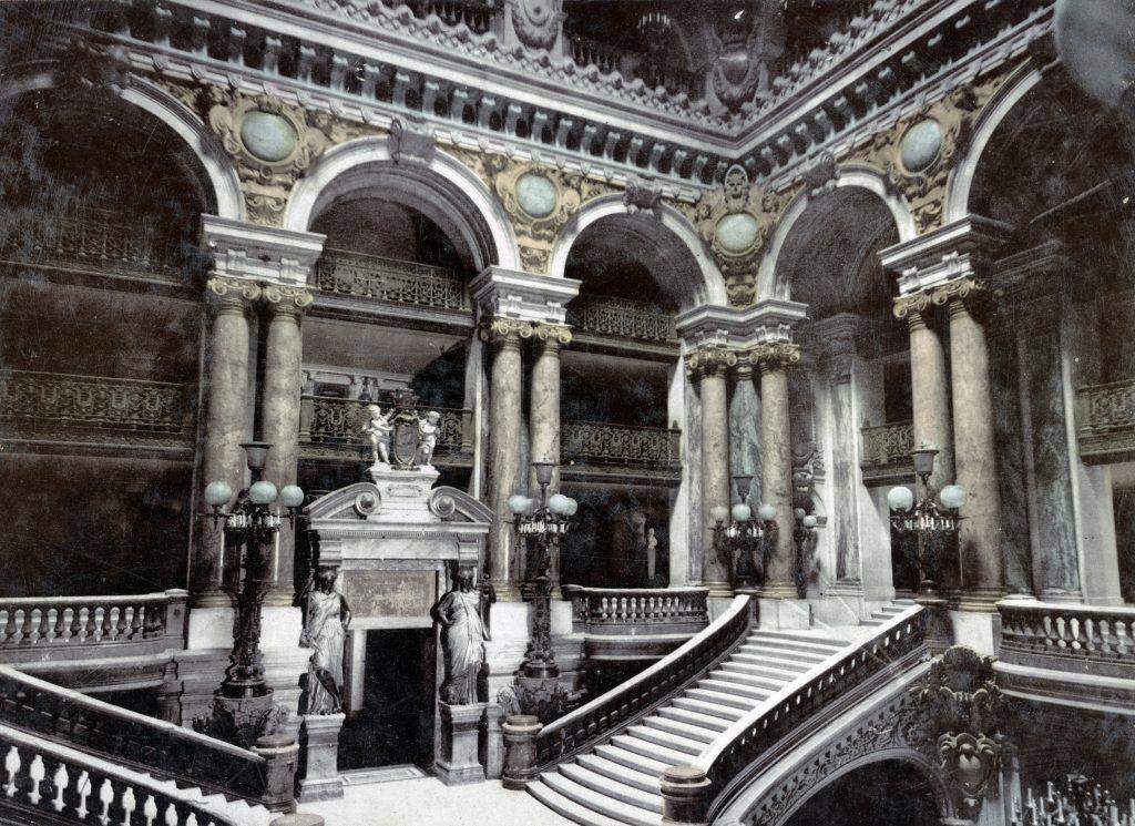Гранд опера Гарнье в Париже в начале 20 века