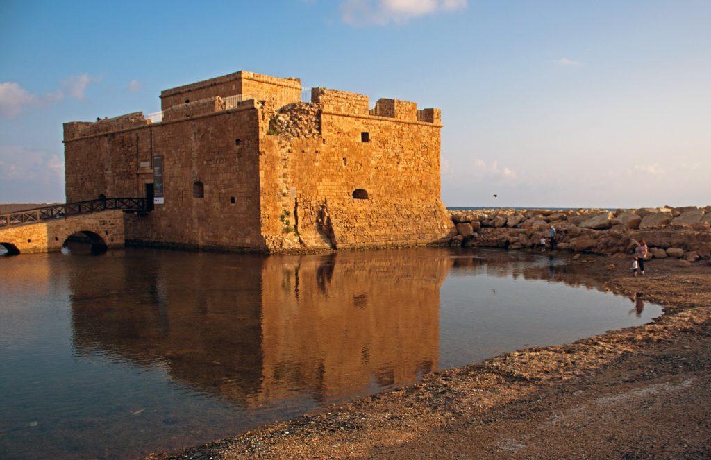 Замок Пафоса фото