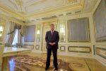 Петр Порошенко фото в полный рост