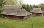 Музей Пирогово - старый деревянный украинский дом