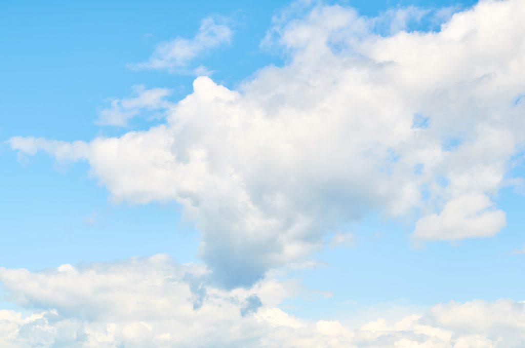 Фото белых облаков