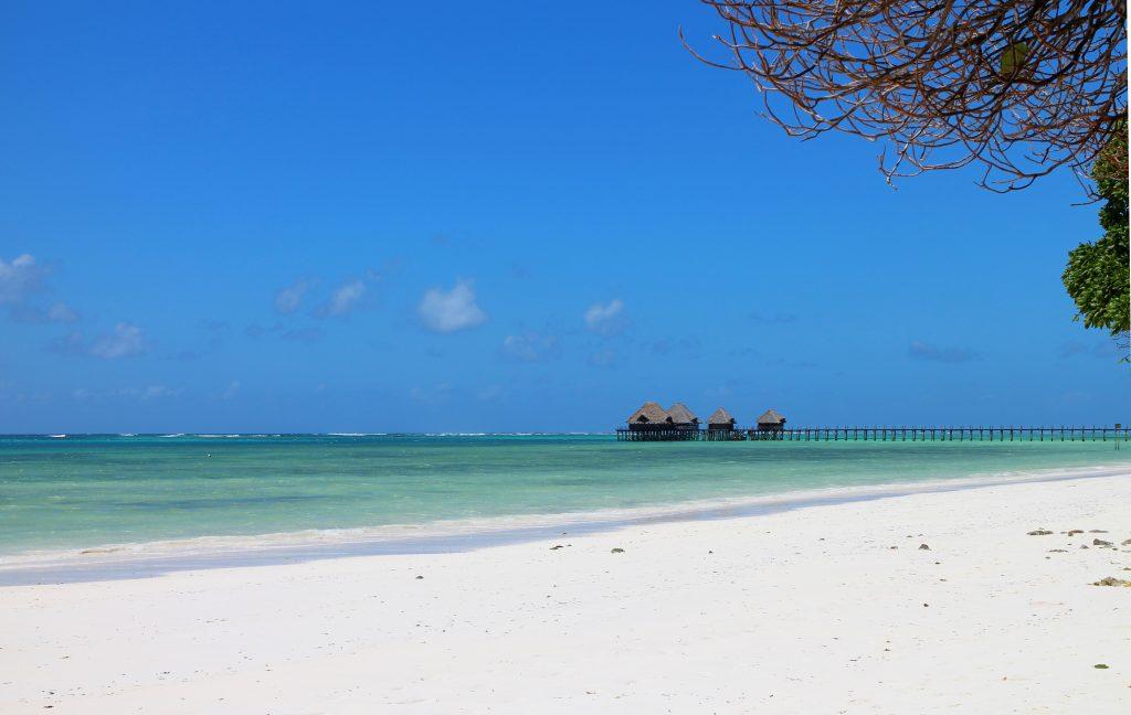 Остров Занзибар пляж на берегу океана