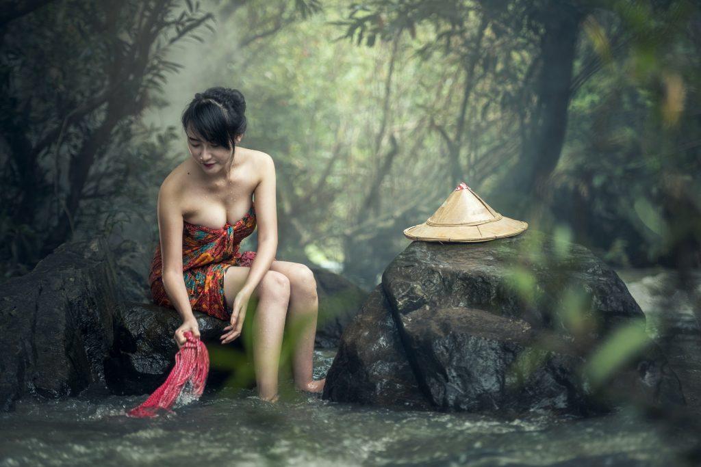 Девушка тайка, азиатка - таиландка