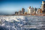 Фото набережной и пляжа Тель-Авива с моря