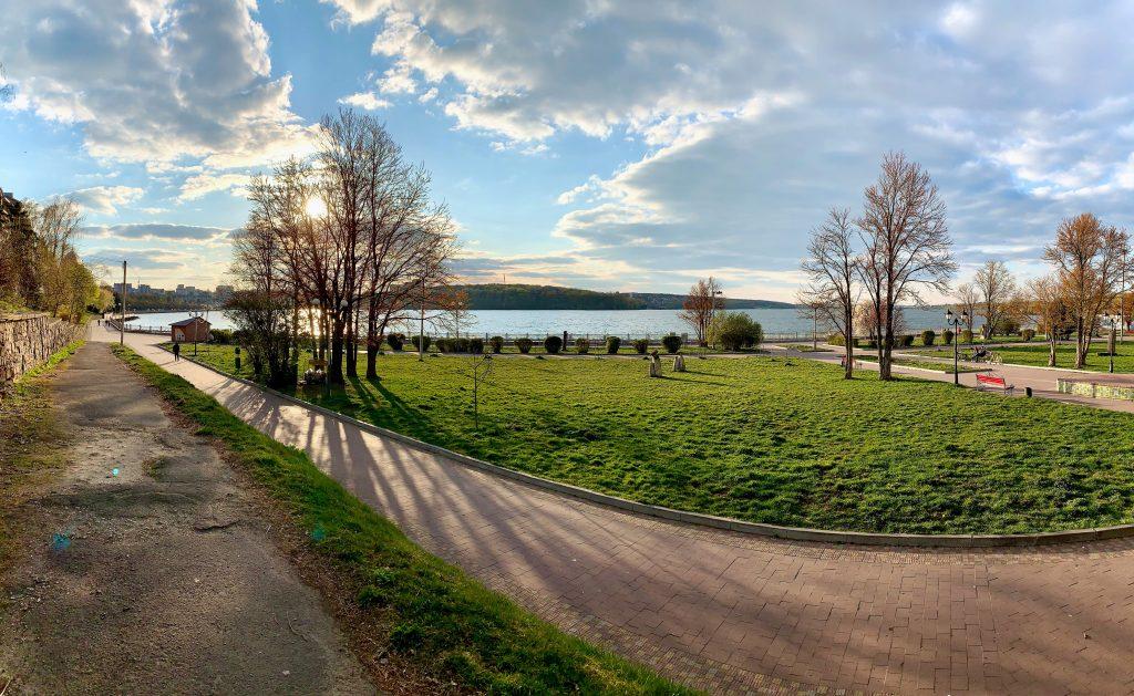 Озеро в Тернополе