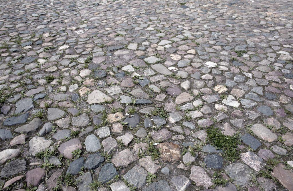 Дорога из камней, текстура старой дороги из брусчатки