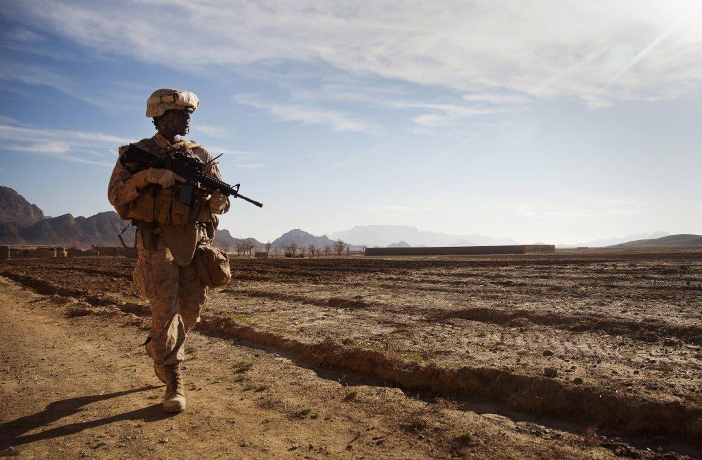 Американский морской пехотинец в Афганистане