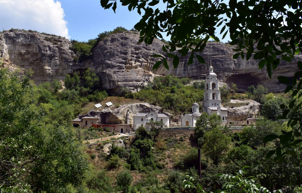 Успенский пещерный монастырь в Крыму