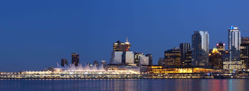 Фото панорама ночного Ванкувера