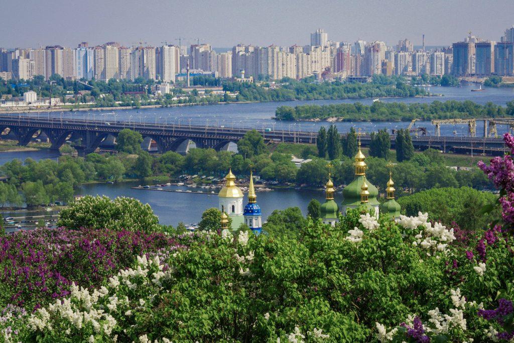 Выдубицкий монастырь и Дарницкий мост